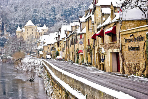 Mountain Snow, Aquitaine, France