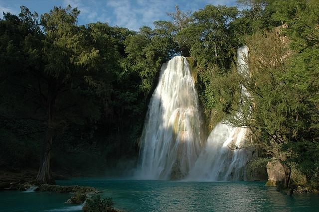 Minas Viejas Waterfalls - Huasteca Potosina, Mexico.