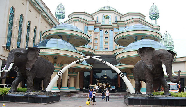 by chestlim on Flickr.The Sunway Lagoon Water Theme Park - Kuala Lumpur, Malaysia.