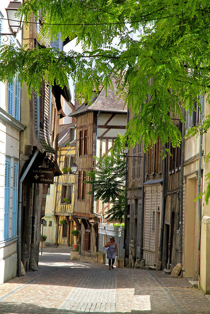 Strolling on the streets of Troyes, Champagne-Ardenne, France