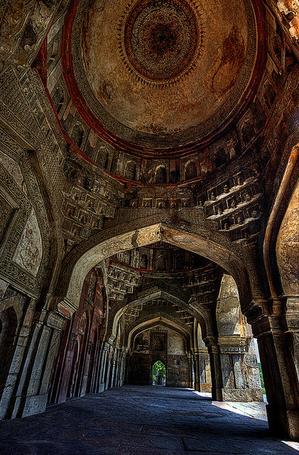 Bara Gumbad tomb and mosque at Lodi Gardens in Delhi, India