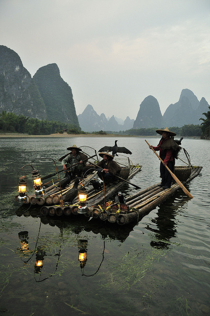 Fishermen and Cormorants on Li River, Guilin / China