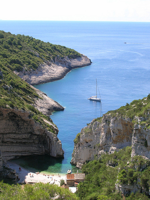 Secluded beach in Stiniva Bay, Vis Island / Croatia